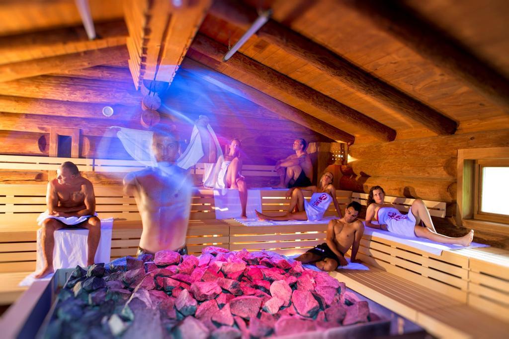saunatur on twitter sauna magic relax wellness fun aufguss show follow us http tco qrqmehtsbn osvkcknyyz torino