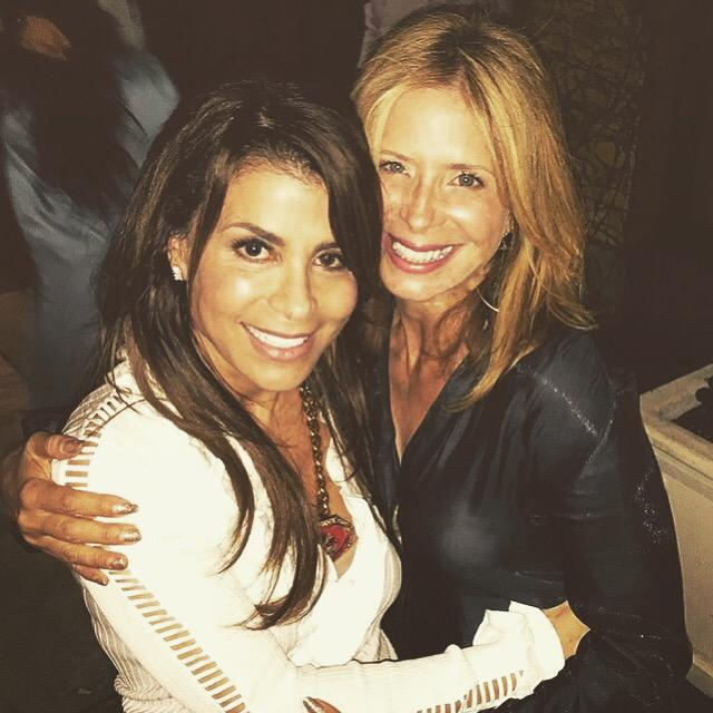 Thanks sweetheart! *hugs* xoP RT @hcdance: @PaulaAbdul and @LindsleyAllen taking a quick picture together #HCnow http://t.co/5UtcqTNkW3