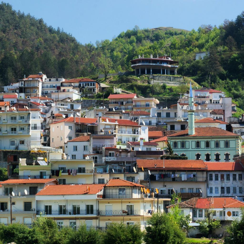 Here's Echinos, 45min north of Xanthi. Population about 2000, mostly Muslims who speak Bulgarian & Greek  #LPinGreece http://t.co/JqSngmA6RH