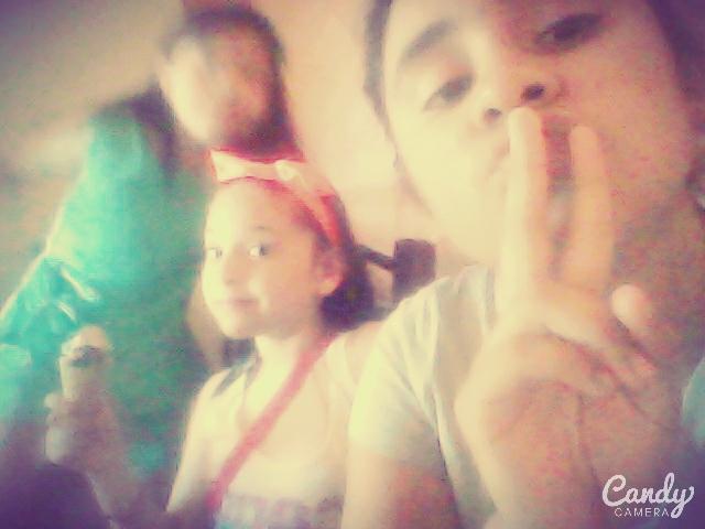 Con mis amigas :) #TengoSue http://t.co/hu6bjPnt2e