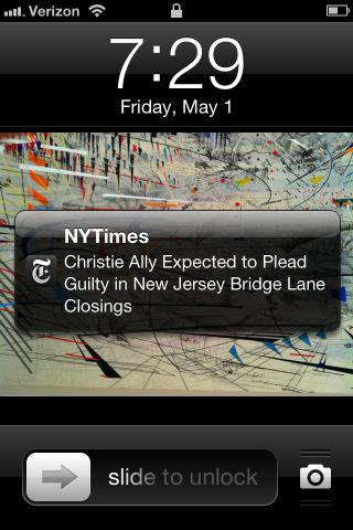 Kirstie Alley is trending because America can't read. http://t.co/EKaz3ZSLeZ http://t.co/NWu4jXK1sL