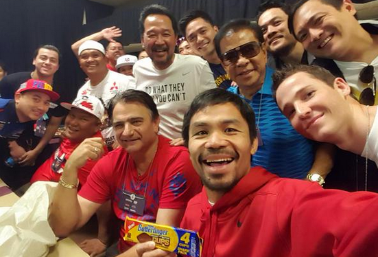 """@MirrorSport: No nerves for Pacquiao as he poses for pre weigh-in selfie http://t.co/GAbaxK8o2e http://t.co/SQWcwk6OSn"""