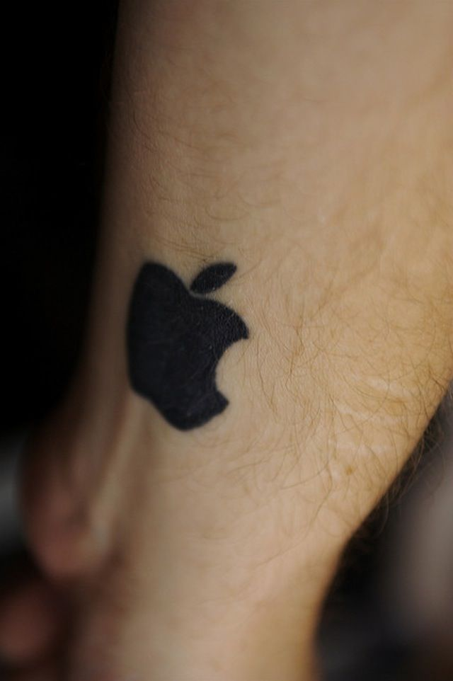 Apple Watch has tattoo trouble - Apple confirms http://t.co/kmQC2rtcve http://t.co/9BnZUiW5cu
