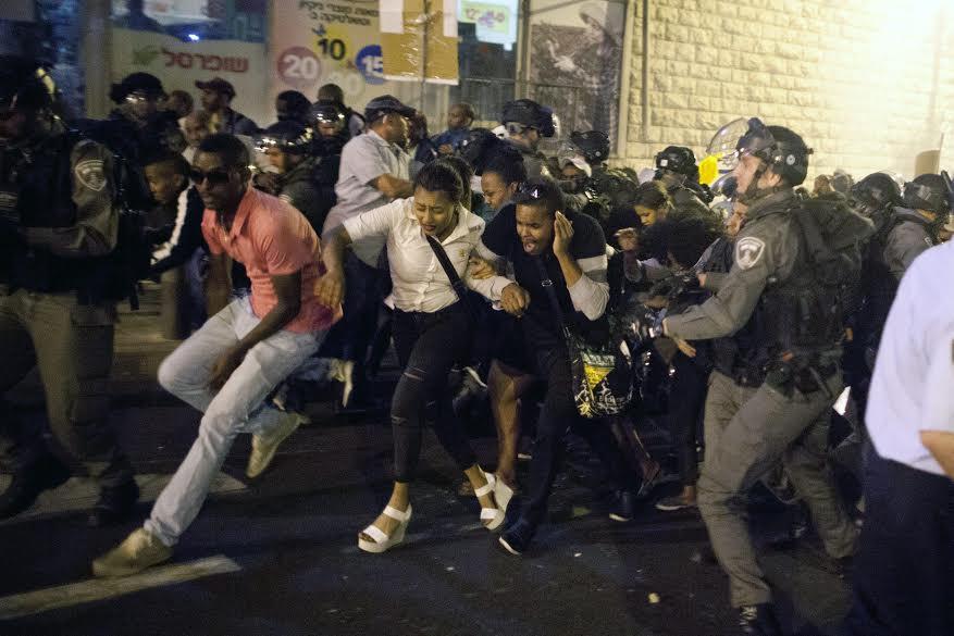 ISRAEL'S JEWISH OF ETHIOPIAN ORIGIN RALLIES AGAINST RACISM