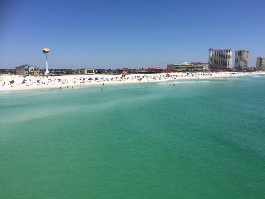 The beach is calling... #explorepcola #LoveFL http://t.co/GYSkCtLX8T