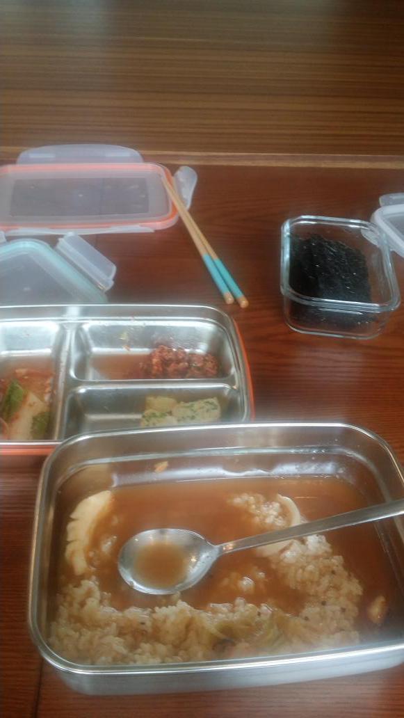 RT @followjyp: ?? ?? ??? ????? ? ? ?? ???~? Hope you guys had a good meal too~? http://t.co/v1QQqKFM6q