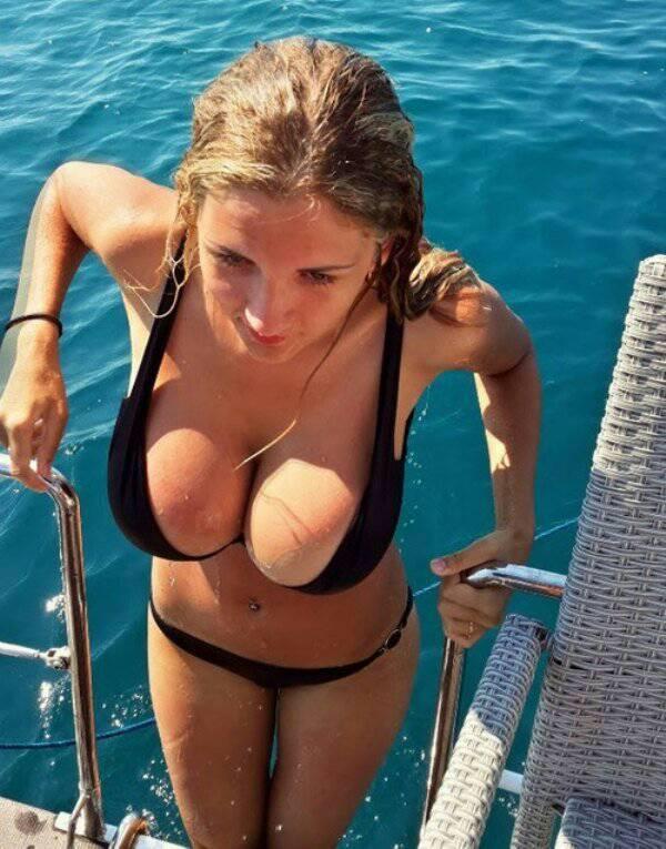 Really hot babe nude
