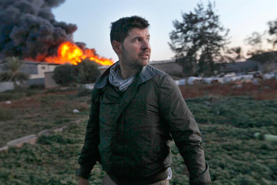 Four years ago today: Journalists Tim Hetherington & Chris Hondros lost their lives in Misrata, #Libya April 20, 2011 http://t.co/X4DxIRSJmE