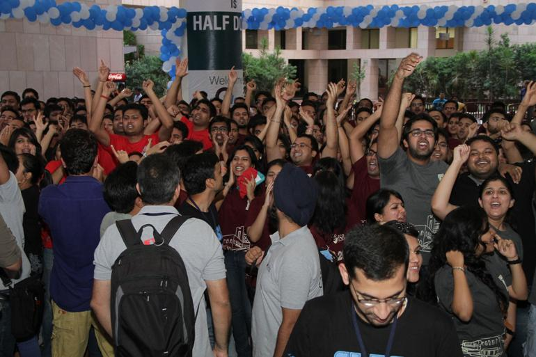 Work hard and party even harder. Have a great year ahead, Class of 2016. #WelcometoISB. http://t.co/1Jh4iUpC4E