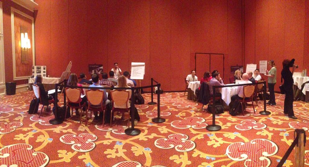 hiroantagonista: #imagineCDI workshop in full effect  #imagineCommerce #magento #design #lasvegas #wynn http://t.co/nsS8yNFges