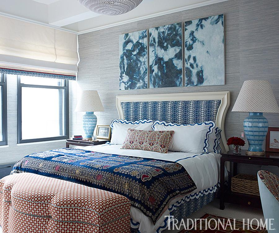 @tiltonfenwick Beautiful bedroom! Thanks for using my BWH Turquoise Lamps! @traditionalhome http://t.co/6Y9lXTQHdN
