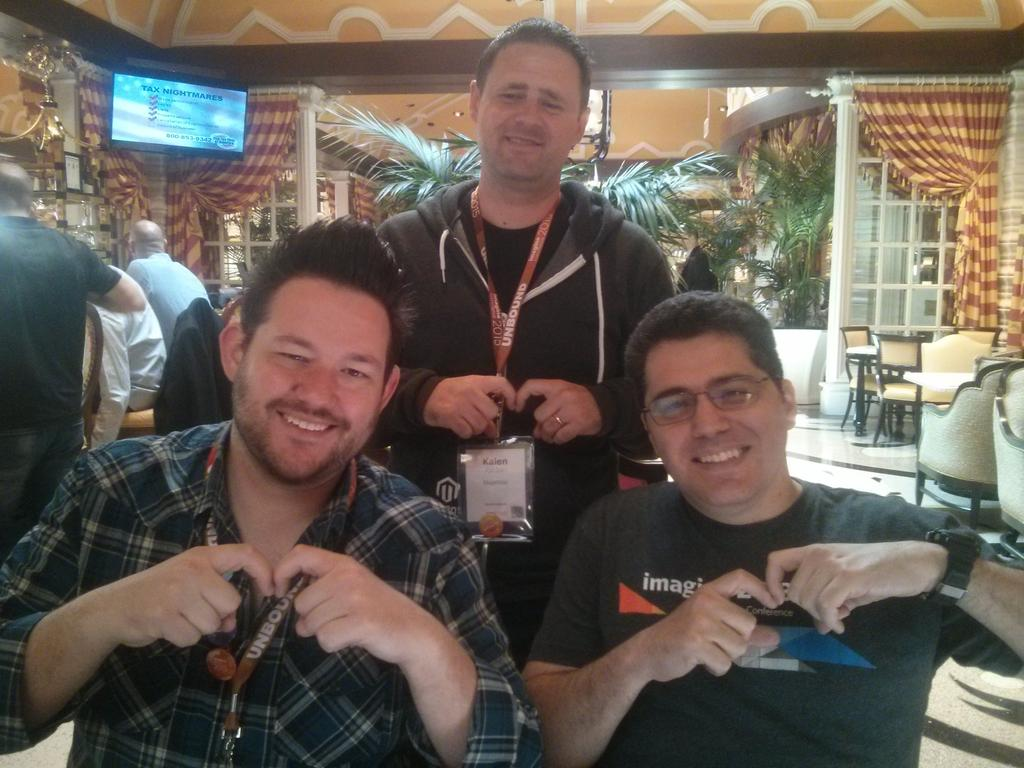 sherrierohde: More #realmagento love at #imaginecommerce! http://t.co/ExSRwS71O6