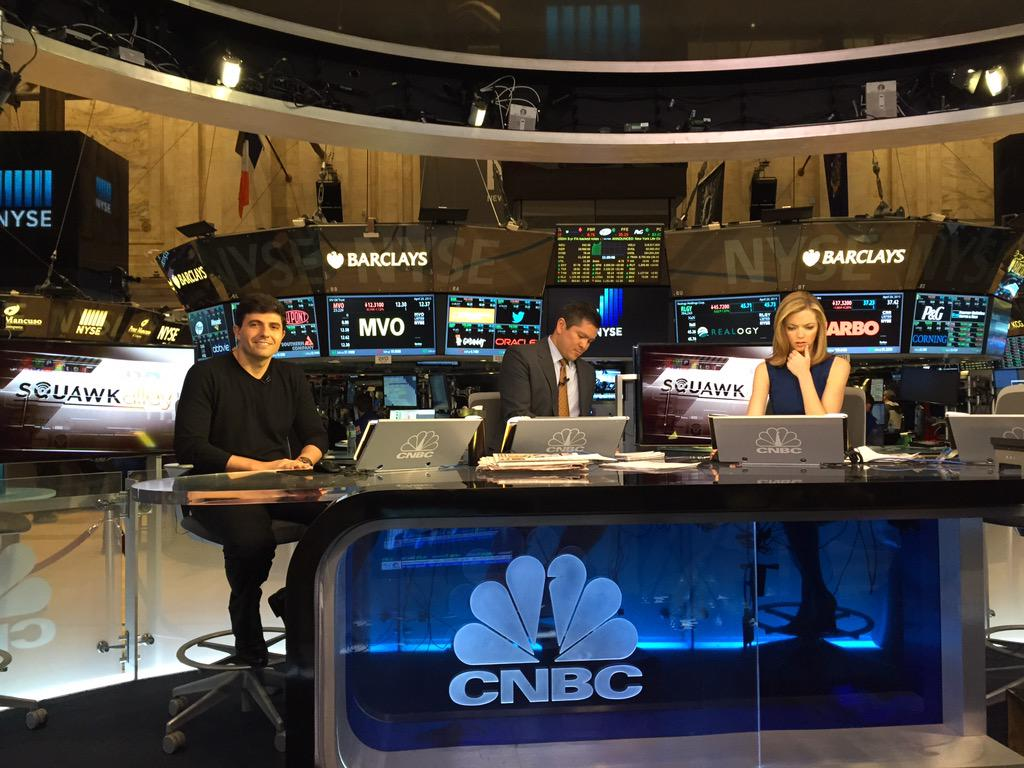 Kicked Monday off on the floor of the New York Stock Exchange filming with @Gett on @CNBC 👌 http://t.co/8Z6jUYJOhC