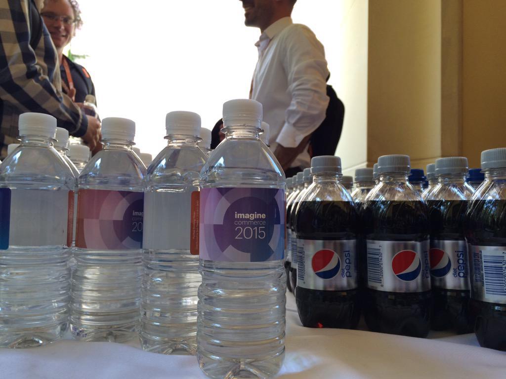 antoinekociuba: Refreshing Time! #Imaginecommerce @AgenceSOON http://t.co/7TbPjWxl1i