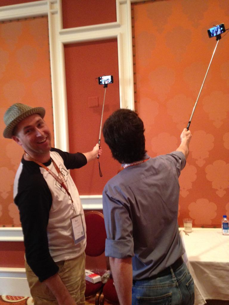 Clustrix: Side by side selfies! #LiveFastCLX #ImagineCommerce http://t.co/QURXfk5IZr