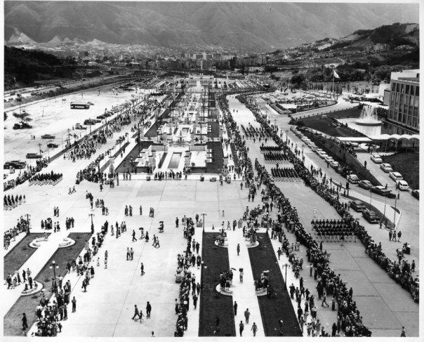 la epoca dorada de Venezuela: durante el Gobierno del General Marcos Pèrez Jimènez - Página 3 CDE4eNjWMAAFCMV