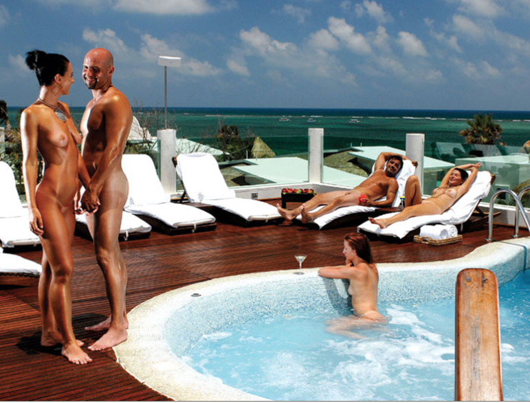 Rooftop Inn Swingers Hotel -