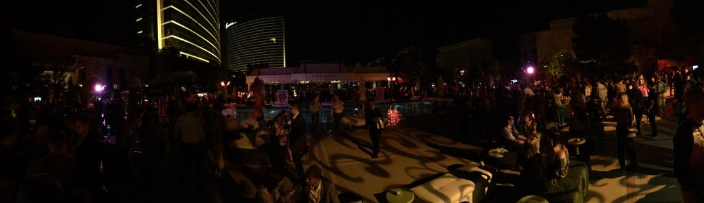 Adomatica: 9 pm action at #ImagineCommerce @magento @WynnLasVegas http://t.co/yaH3ICHgbf