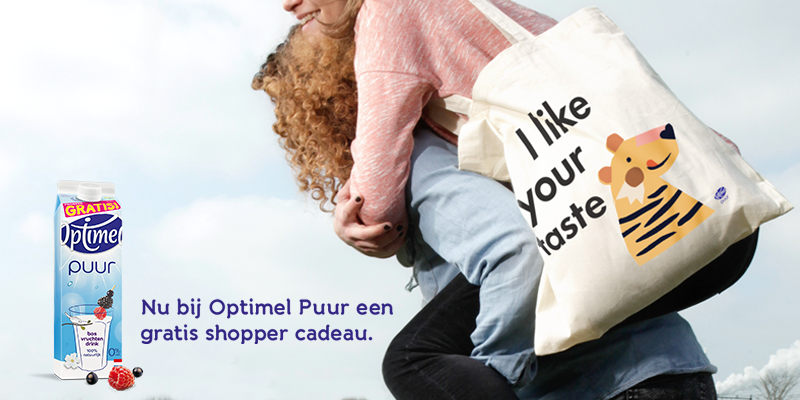 Wie van je allerliefste Twitter vriendin of vriend verdient een leuke shopper? http://www.optimel.nl/puur #cadeau