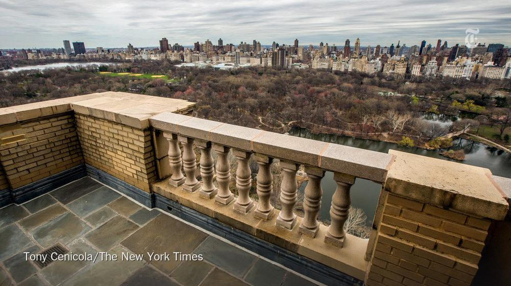 Demi Moore is selling her San Remo tower penthouse for $75 million. http://t.co/fG4Ic9NSlV @justdemi http://t.co/tFfuTRm0ja