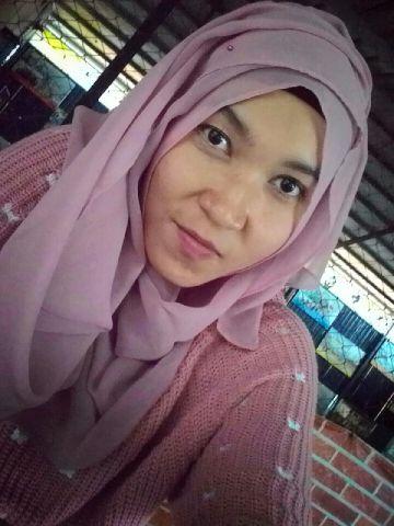 Silvi Anggiasari, Fotograper Cantik dari STIESA Subang