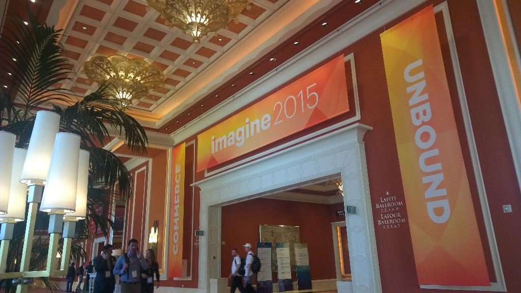 colesmik: Day 2. Go #Imaginecommerce. @RapidCampaign http://t.co/vuwZw67ECu