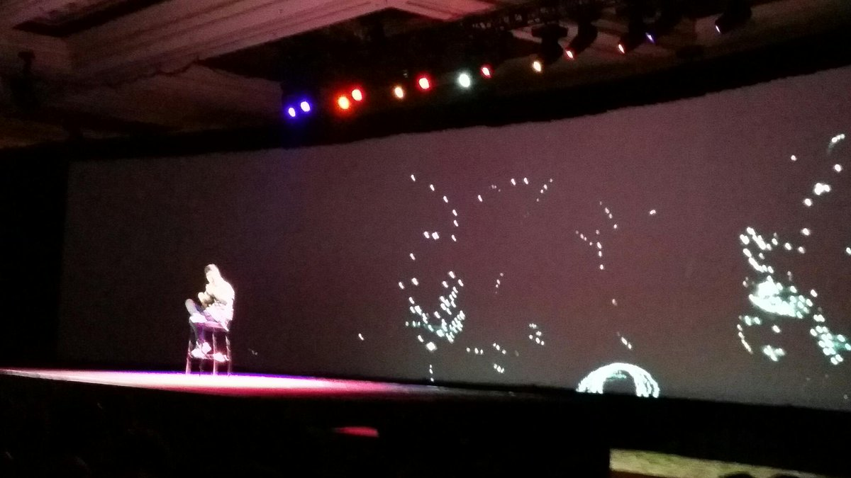 LawrenceByrd: Commerce. Vegas style. #imaginecommerce starts with awesome musical solo. http://t.co/f0TuRH1HBd