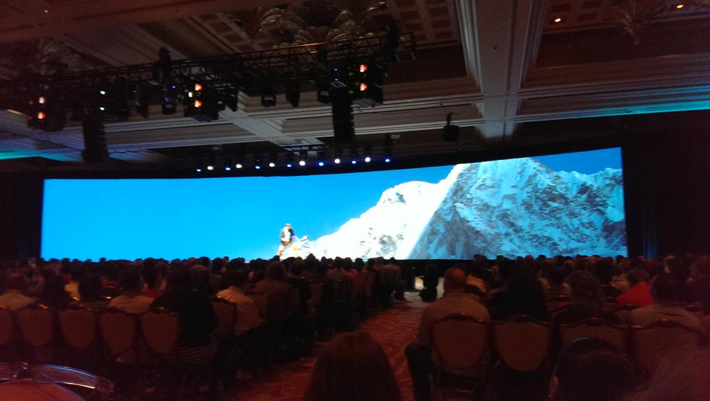 Leslie_Weller: Unbound at #imaginecommerce with @Canto and @magento http://t.co/JCErdTcSOK