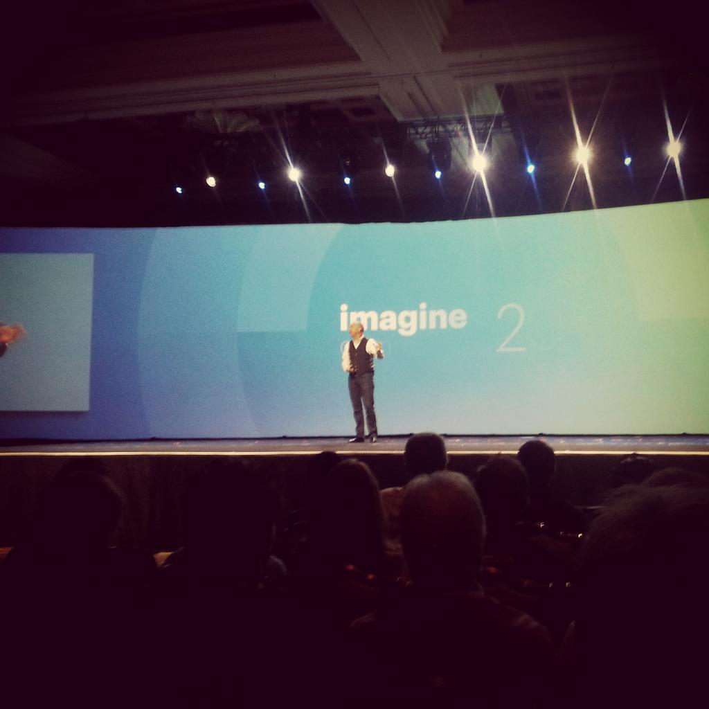 jerome_rideau: Keynote1 on air at #ImagineCommerce 2015. Great shopping experience in store achieved by @RebeccaMinkoff @GroupeSmile http://t.co/TeQ3fw0RYR