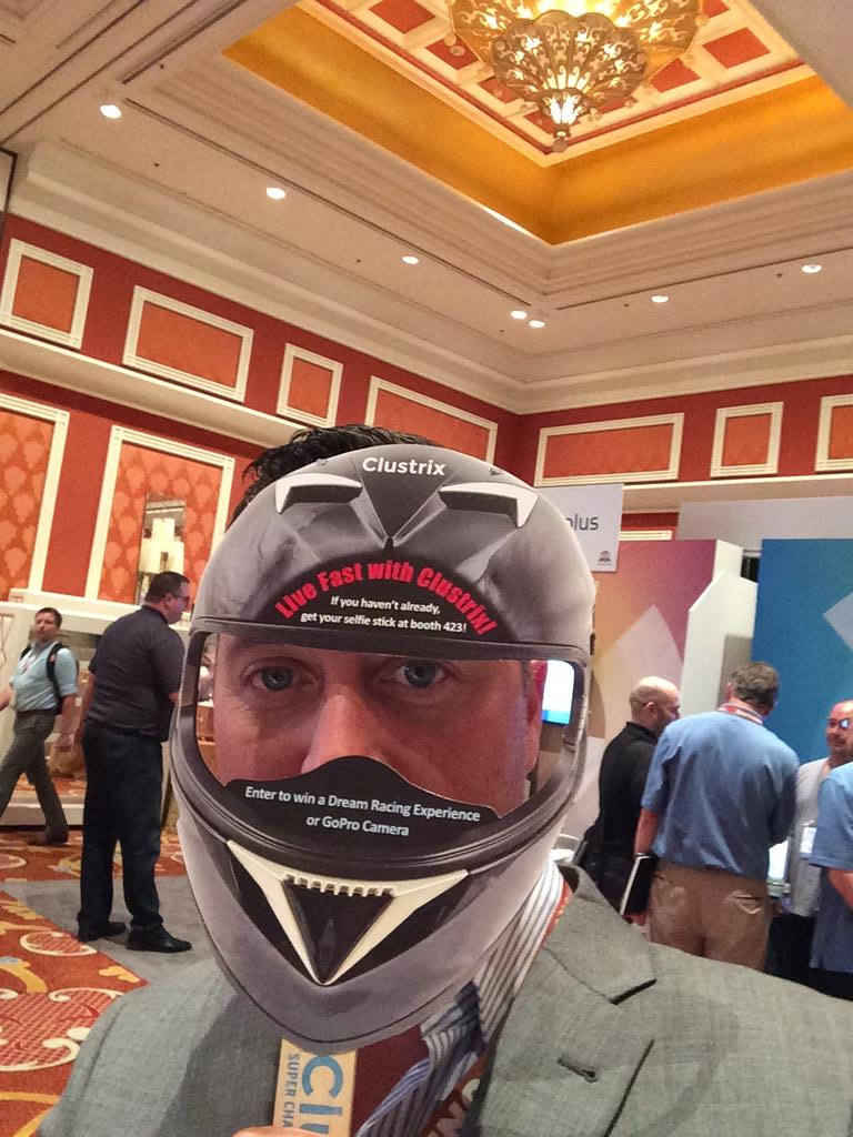 cellwood: @QubitTamer zooooom @ckustrix booth #LiveFastCLX #ImagineCommerce http://t.co/SwMnUZ7HYj