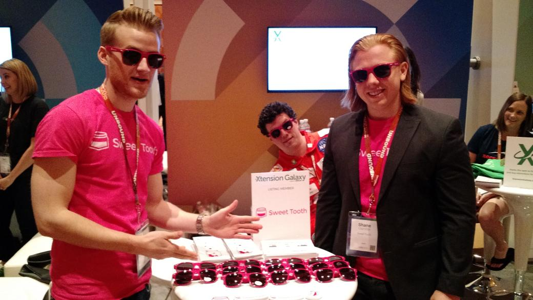 MagentoFeedle: Come get your Sweet Shades and see the guys in pink! Booth 320 #ImagineCommerce http://t.co/i7L9mZqTx5 via sweettooth