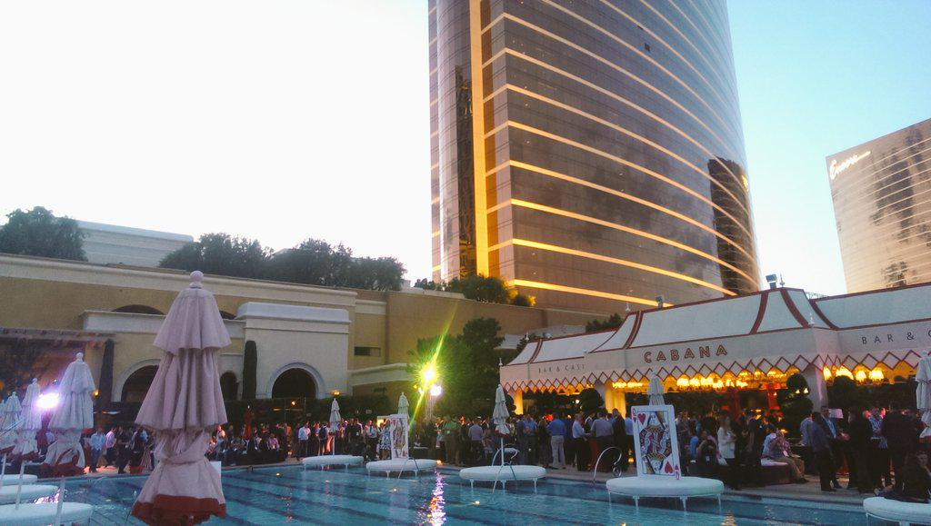 inspiratica: .@magento + @eBayEnterprise you sure know how to throw a party! #ImagineCommerce http://t.co/VxdoQ9YJwl