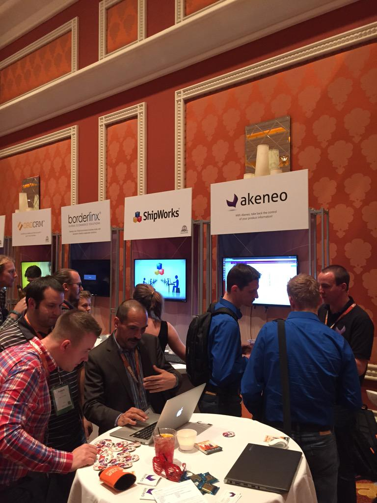 JCBordes: For @akeneopim thousands of visitors since yesterday at #ImagineCommerce cc @GroupeSmile http://t.co/EQEb23HXm1