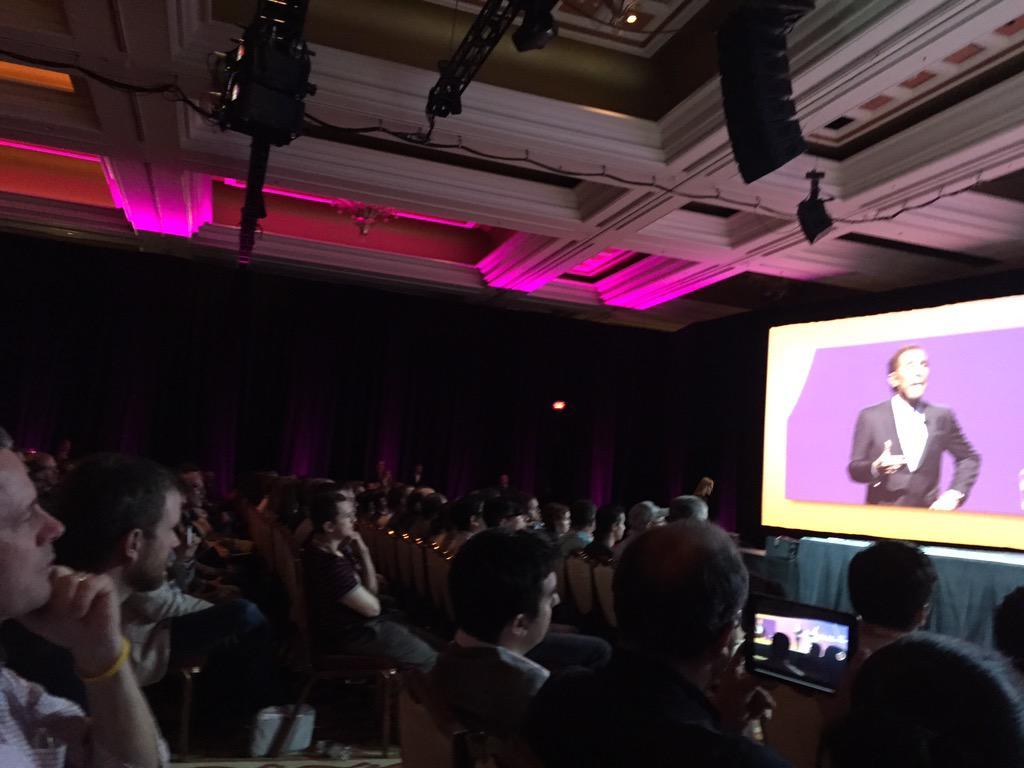 DCKAP: Leadership is about making ordinary people perform in extraordinary ways @SteveWynn_  WynnLasVegas #ImagineCommerce http://t.co/3MZpvxbGdW