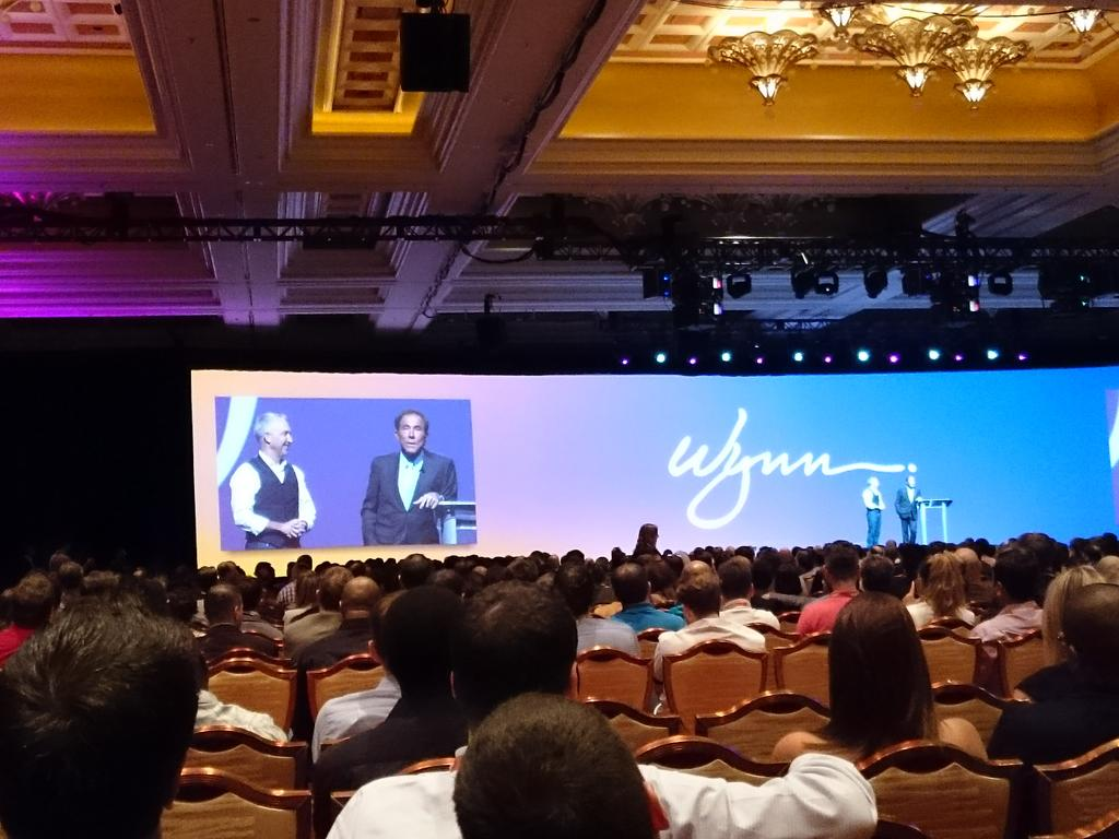 magento_rich: Open mic with @chayman and Steve. #ImagineCommerce @magento http://t.co/RBWz5i5S41