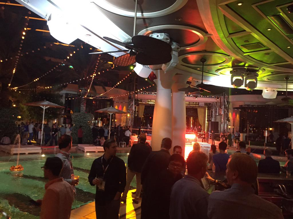connor_shiphawk: After hours #ImagineCommerce @ShipHawk cabana 27 http://t.co/F10rE5X6gE