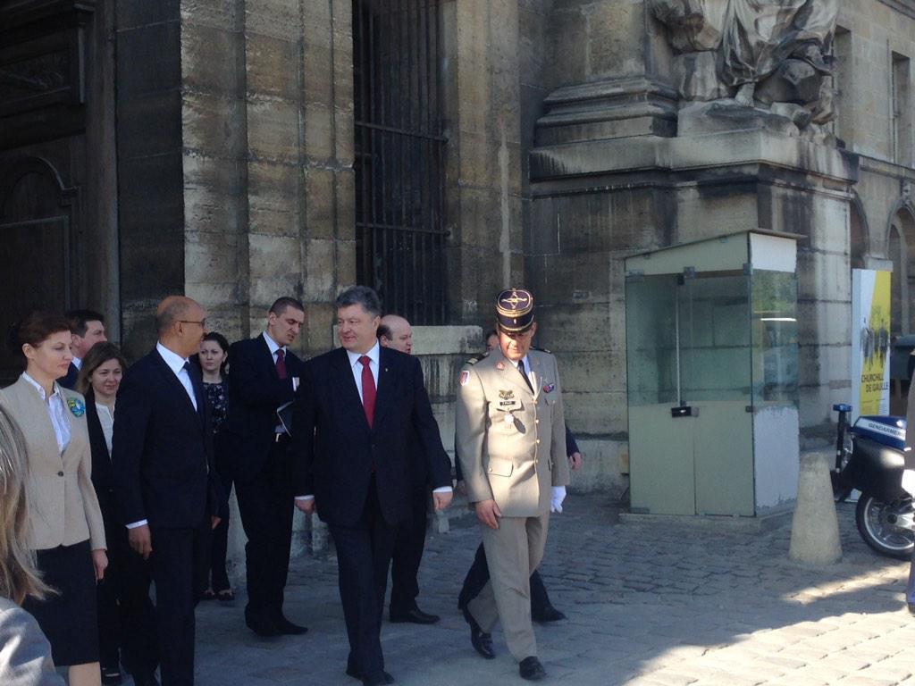 Шахтеры перед Администрацией Президента требуют встречи с Порошенко - Цензор.НЕТ 7363