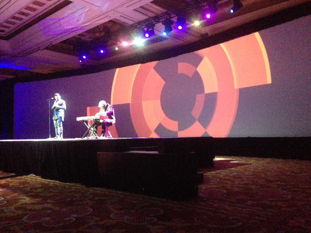 SheroDesigns: Amazing singer - great way to start he morning #ImagineCommerce http://t.co/UedBAxBOUQ