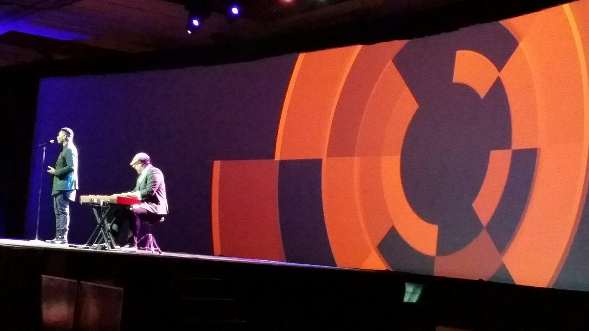 LawrenceByrd: A serenade to start #imaginecommerce final day. http://t.co/EM4IuYgz6p