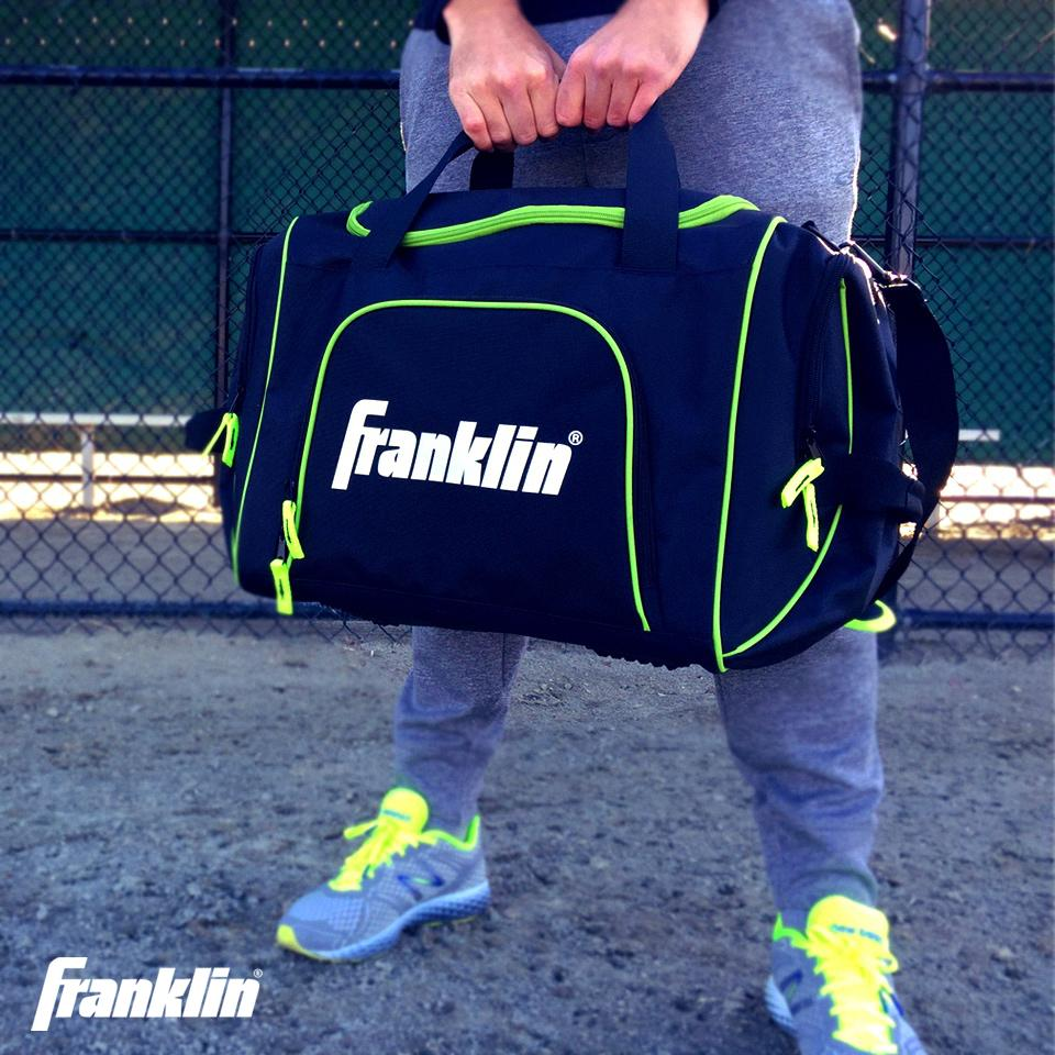 Last chance to win a limited edition @FranklinSports gym bag. RT and Enter Here: http://t.co/x2cNHVGh0u #HumpDay http://t.co/Vp2LfYTu6u