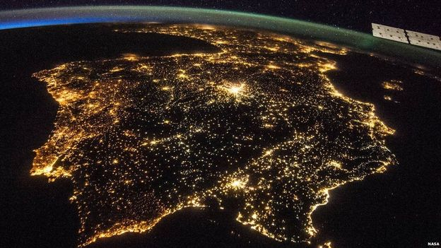 Incredible  of Spain and Portugal, from International Space Station https://t.co/H2sZOqP5eX #ISS