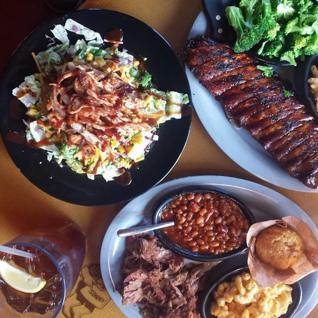 Nothin' beats our slow-smoked goodness. RT if you agree! #SonnysBBQ #ReasonsForBBQ http://t.co/v69oLZqEGe