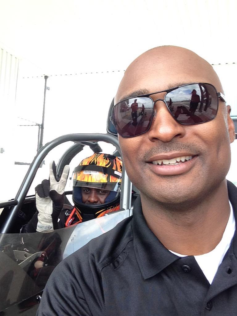 @AntronBrown: My boy @idriselba is ready to take off! @PureSpeedDrag got him ready to go @nhra racing! http://t.co/g4oxJLnCDC