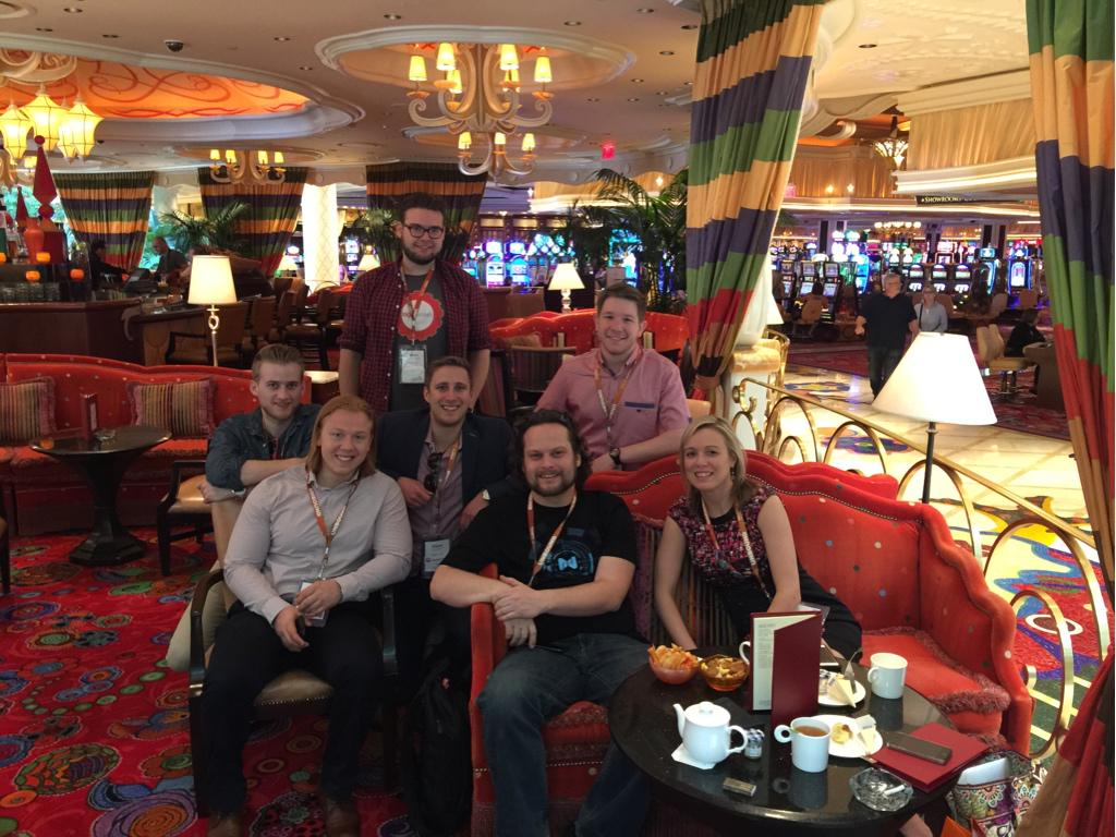 JoshuaSWarren: Awesome group of #realmagento community members at Parasol Up at the Wynn right now! Join us! #imaginecommerce http://t.co/cKZ9OrKjmm