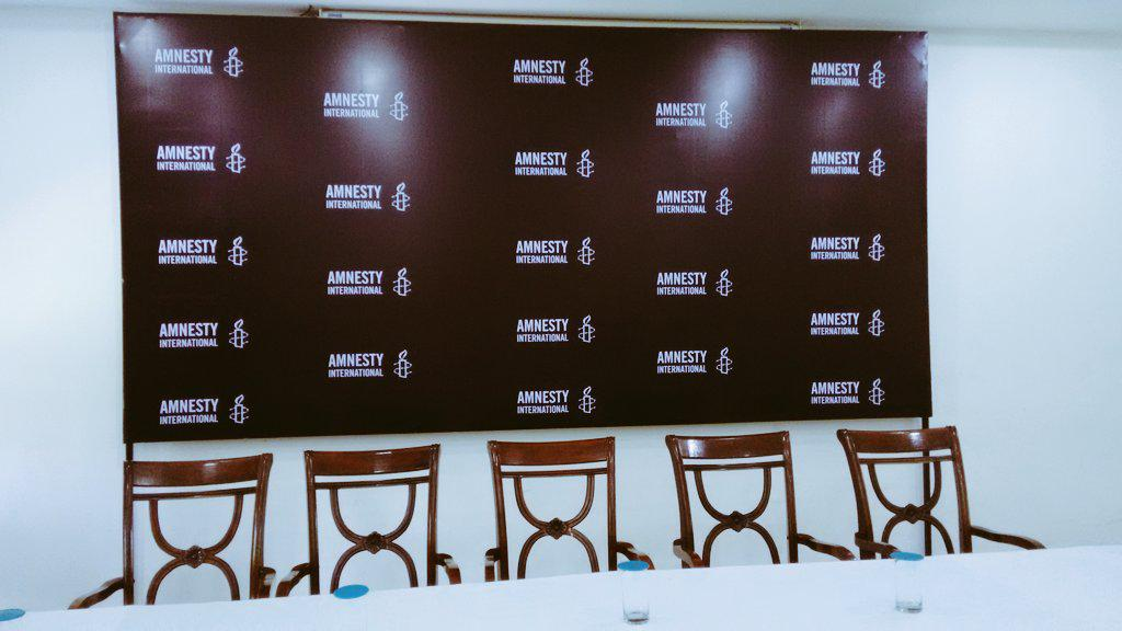 Getting ready for the @amnestyonline press conference in delhi today. Excited. #maldives #humanrights #fact-finding http://t.co/dDvlLN34al