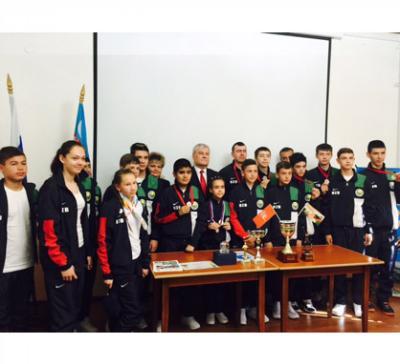 Сборная Узбекистана выступила на Всемирных играх юных соотечественников в Сочи http://t.co/gdiQVzKsBU @pobeda_70 http://t.co/RUSwwNVzWm