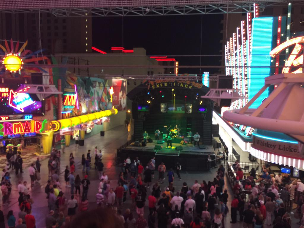 benmarks: Anyone still at #ImagineCommerce might consider a journey to Fremont St. http://t.co/SaFwSk8RCx
