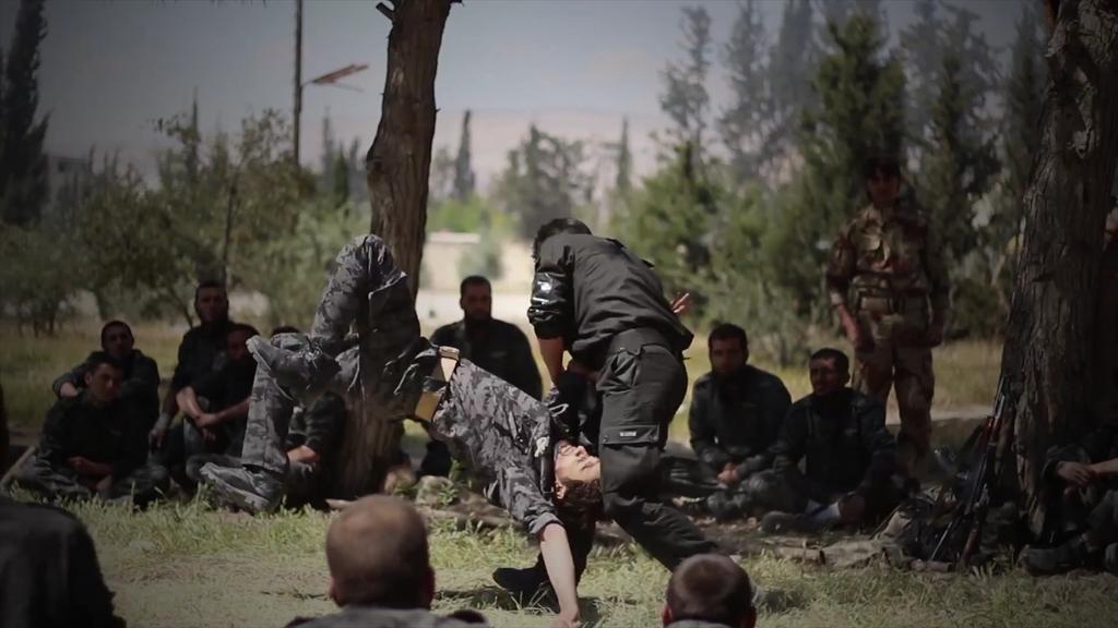 Guerre Civile en Syrie ( LISEZ LE PREMIER POST ! ) - Page 39 CDRnNOUUgAAknbV