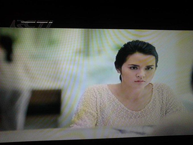 [Video] Film Pendek Baru @raisa6690: #CahayaCantikRaisa
