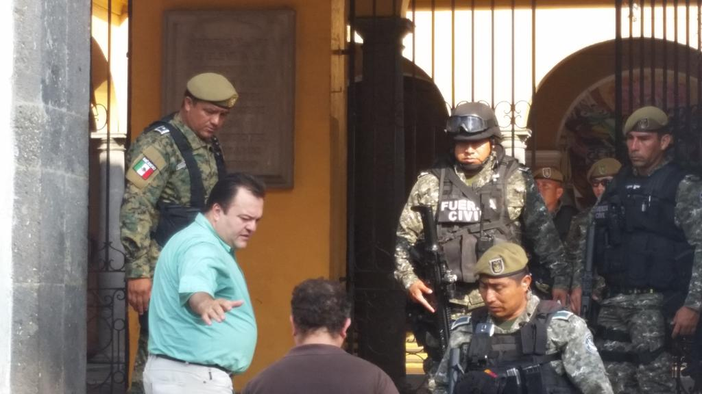 Mando Único para Coatepec pone en marcha gobernador  25 abril 2015 CDSU7pcVEAIyFtf